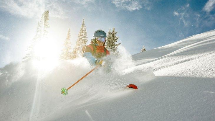 Hodinky môžeš pokojne zobrať aj napríklad na lyžovačku - svetapple.sk