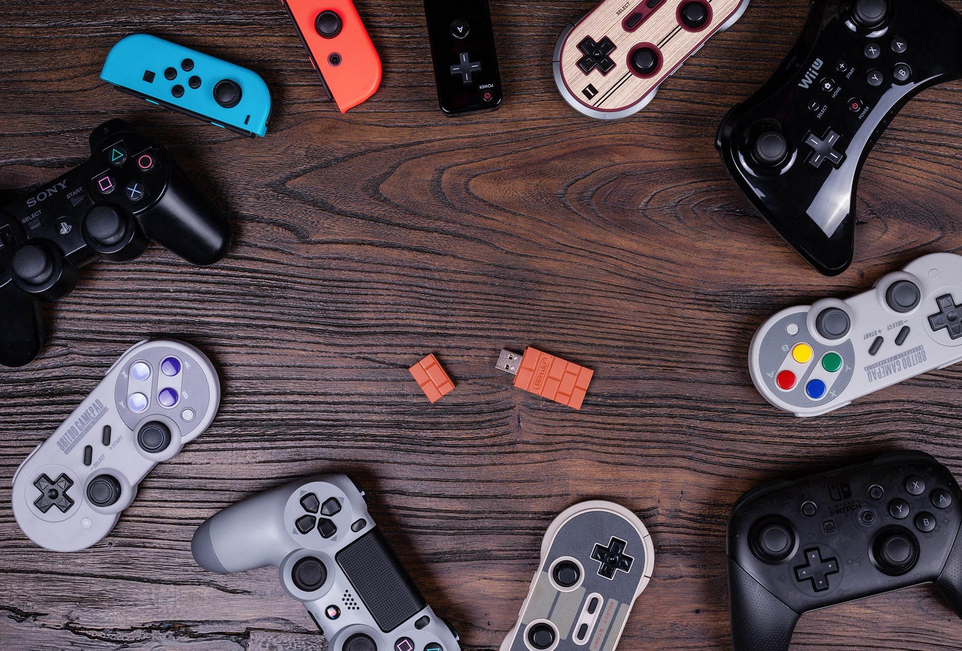 8bitdo's wireless adapter adds flexibility to Xbox