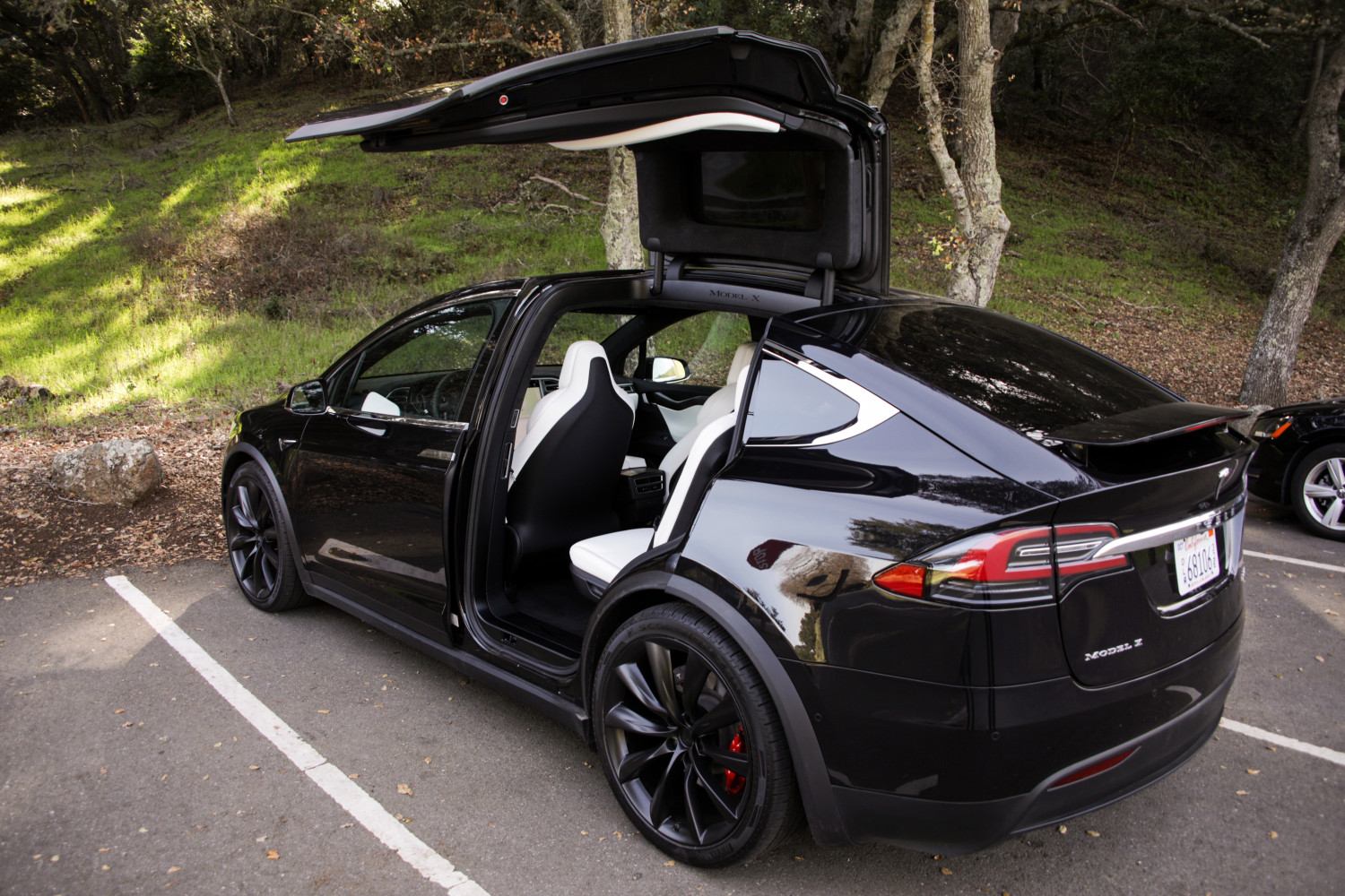 Swiss police order up Tesla Model X police cars for active duty