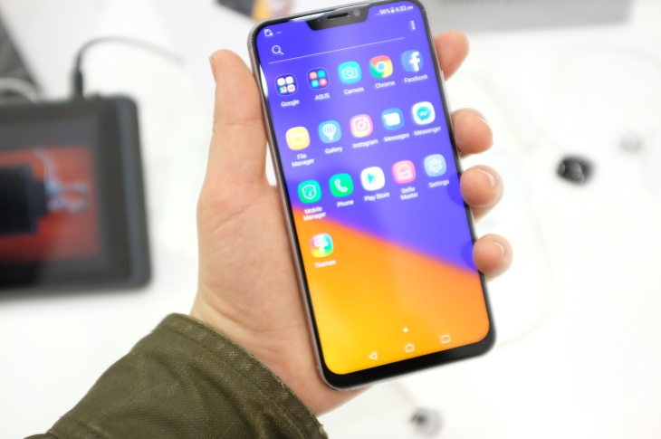 Asus' Zenfone 5 is the king of the MWC iPhone X knockoffs