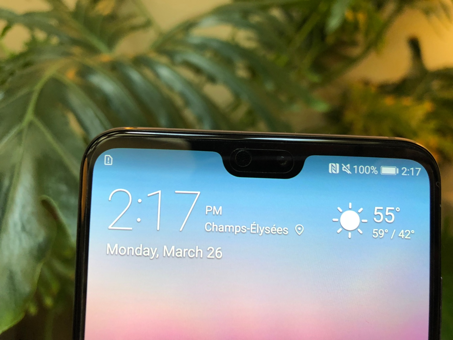 Review: Huawei's P20 Pro is a shiny phone with a strong personality