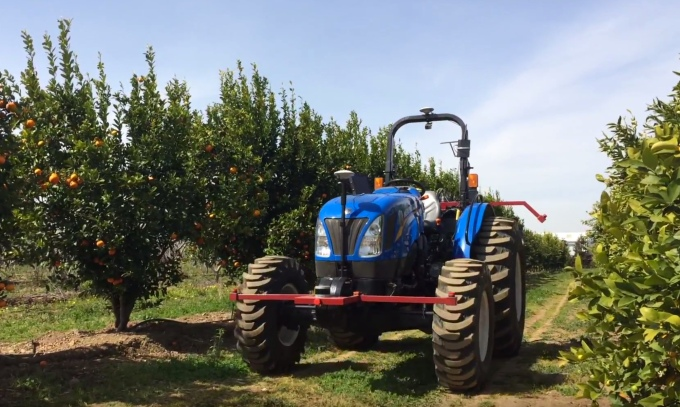 Bear Flag Robotics wants to sell an autonomous tractor for farms