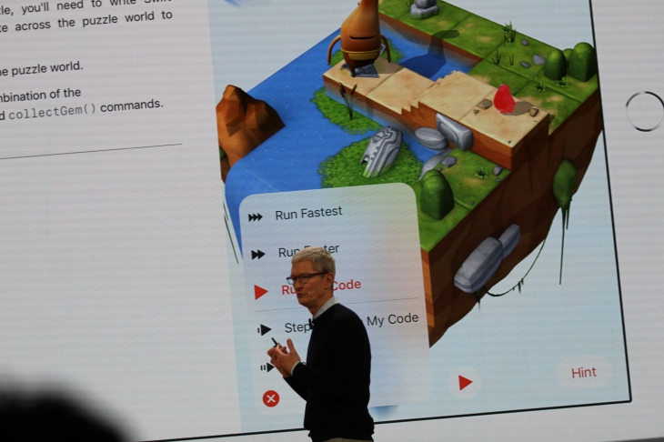 Apple's learn-to-code app Swift Playgrounds adds AR lessons | TechCrunch