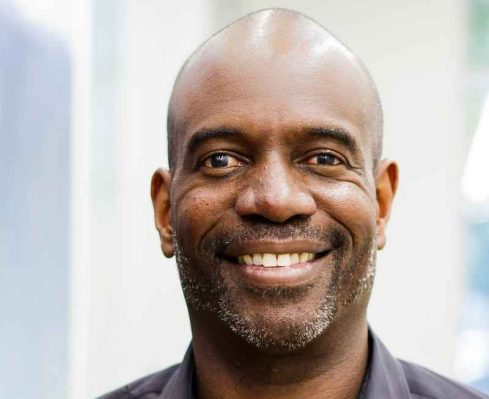 """If you want to see more people of color in VC, """"look to the people at the top,"""" says Lo Toney thumbnail"""