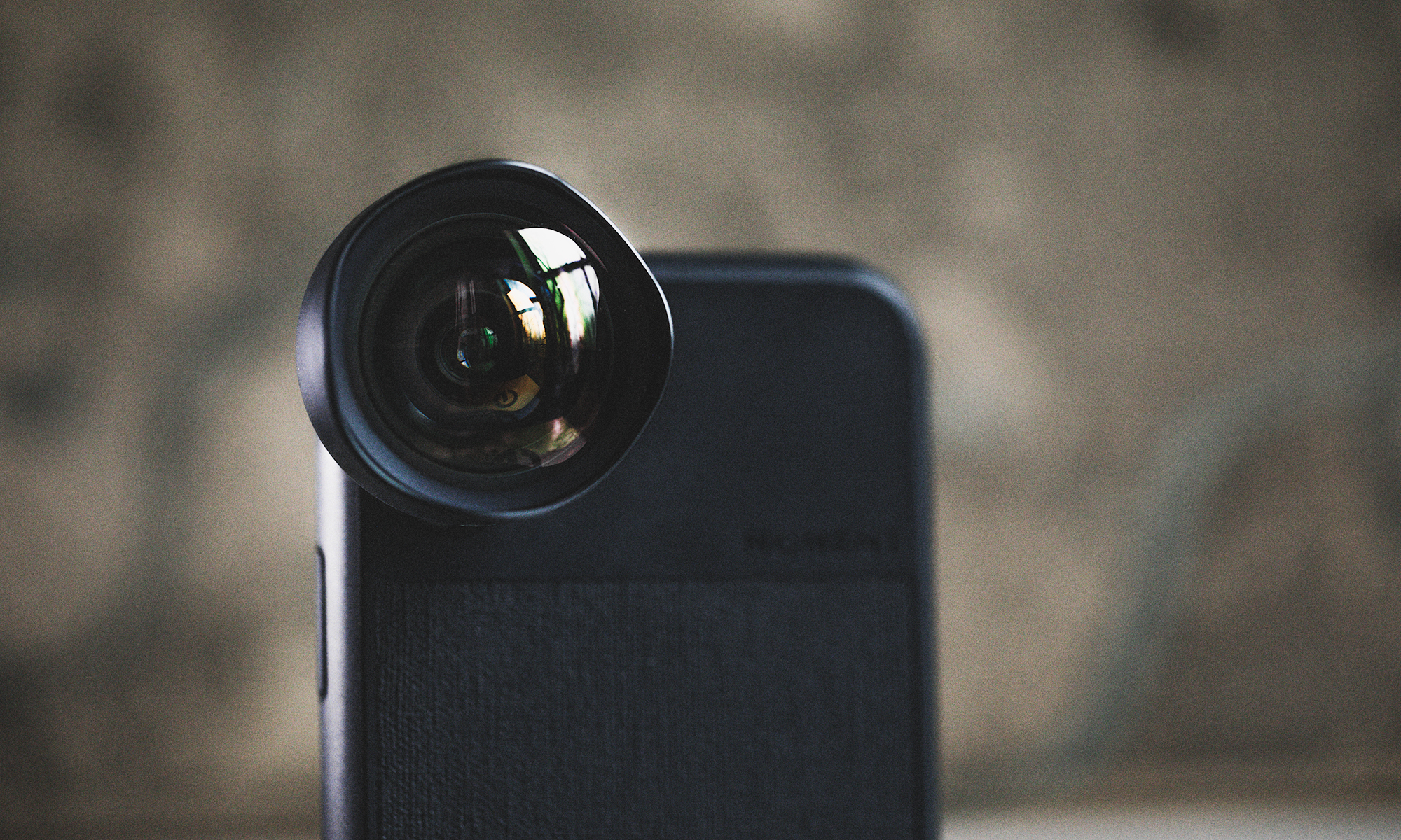 Gift Guide: 11 picture perfect gifts for your photographer friends new moment lens attached1