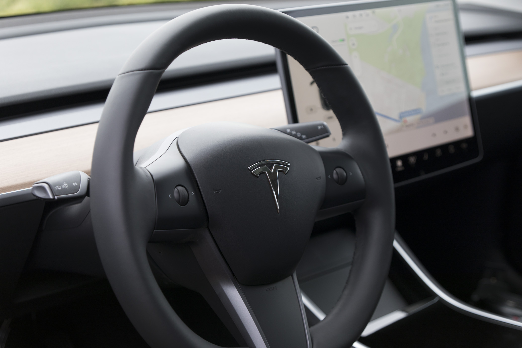 Tesla makes Autopilot easier to use in the Model 3