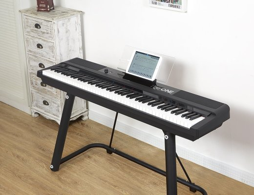 The ONE Smart Keyboard Pro lets you tickle the ivories with ease