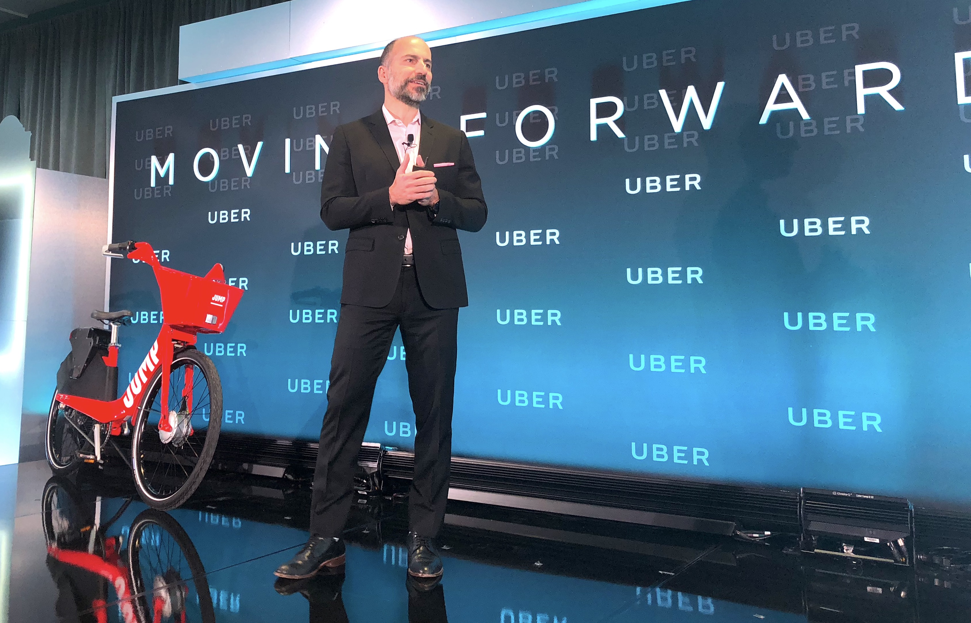 Uber CEO outlines mobility plans
