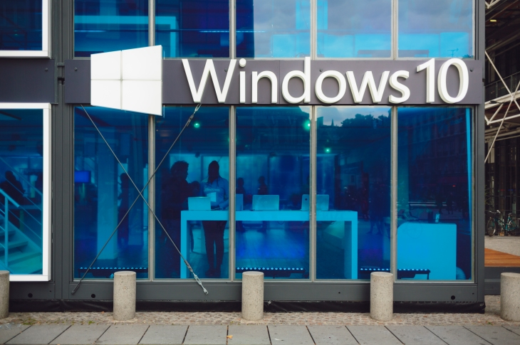 Microsoft commits to fixing custom apps broken by Windows 10