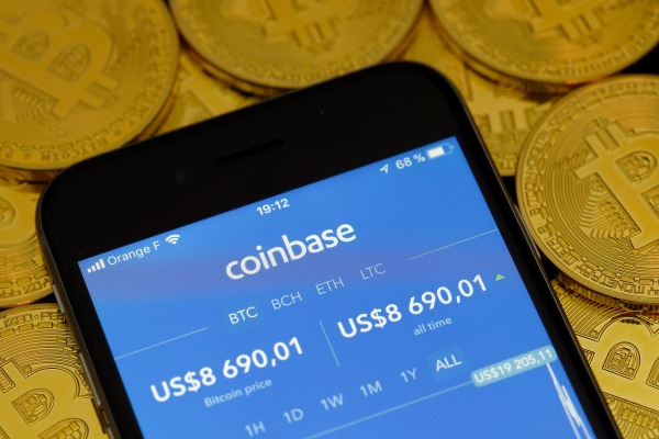 Coinbase poaches LinkedIn's head of data Michael Li