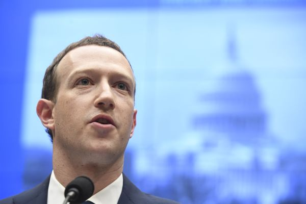 Facebook has found evidence of influence campaigns targeting US midterms