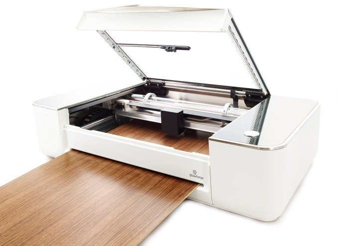 Aktualne Glowforge opens public orders for its desktop 3D laser cutter PI93