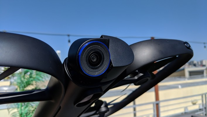 Skydio R1 evaluate: a mesmerizing, super-expensive self-flying drone 1