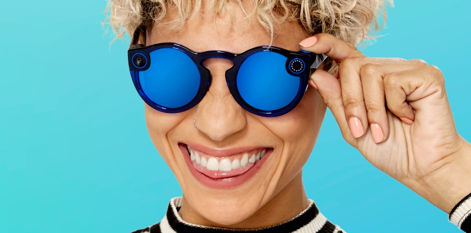 52b58e48b4f8 Snapchat launches Spectacles V2