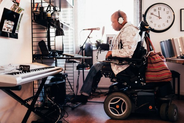Microsoft accessibility grants go out to companies aiming to improve tech for the disabled