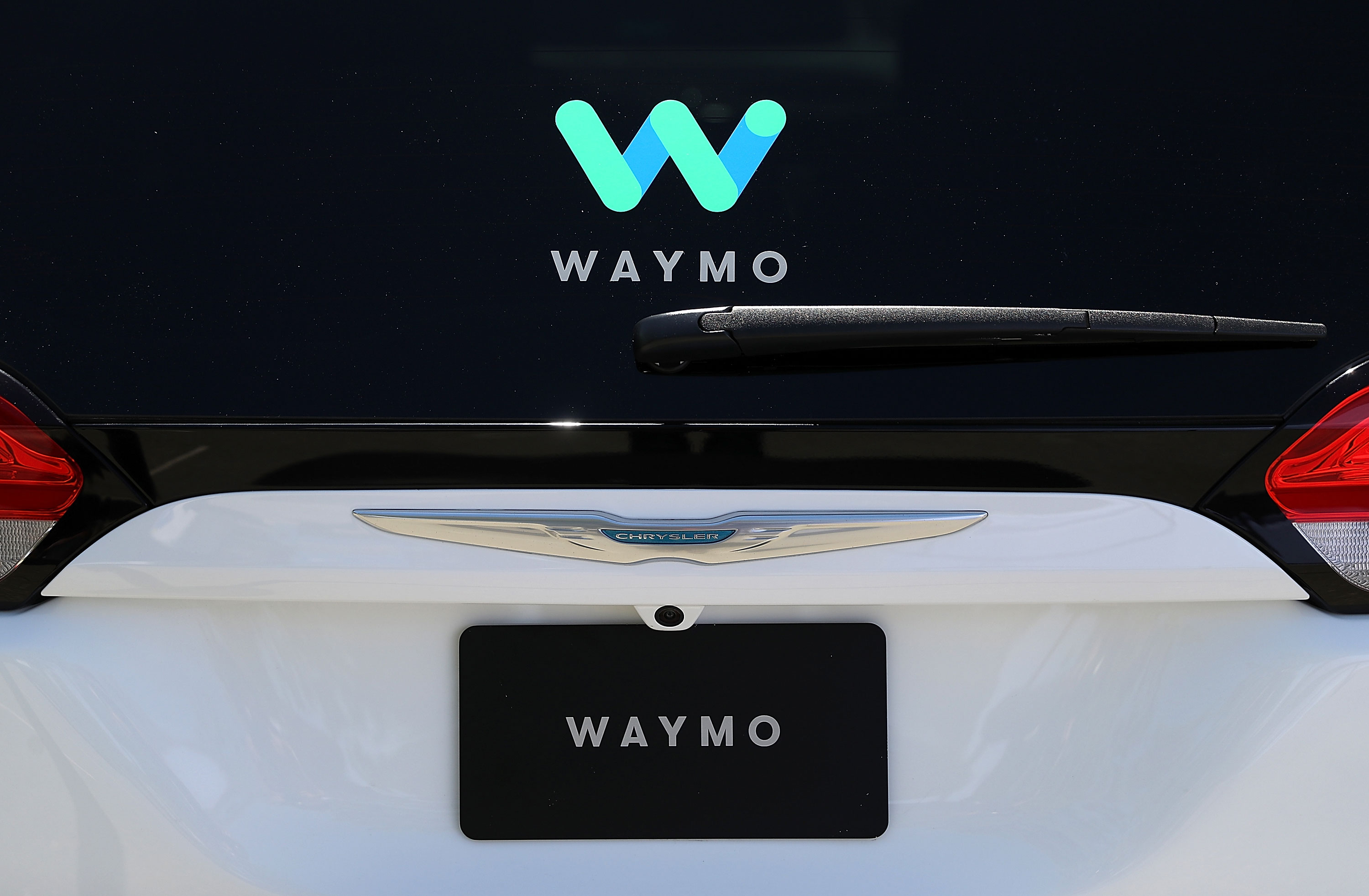 techcrunch.com - Kirsten Korosec - Waymo picks Detroit factory to build self-driving cars