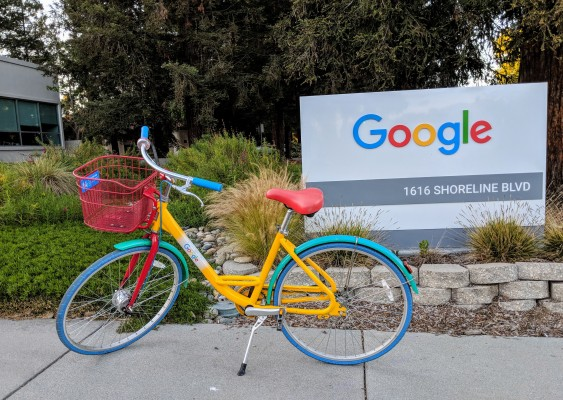 Google outlines plan to get some employees back to the office thumbnail