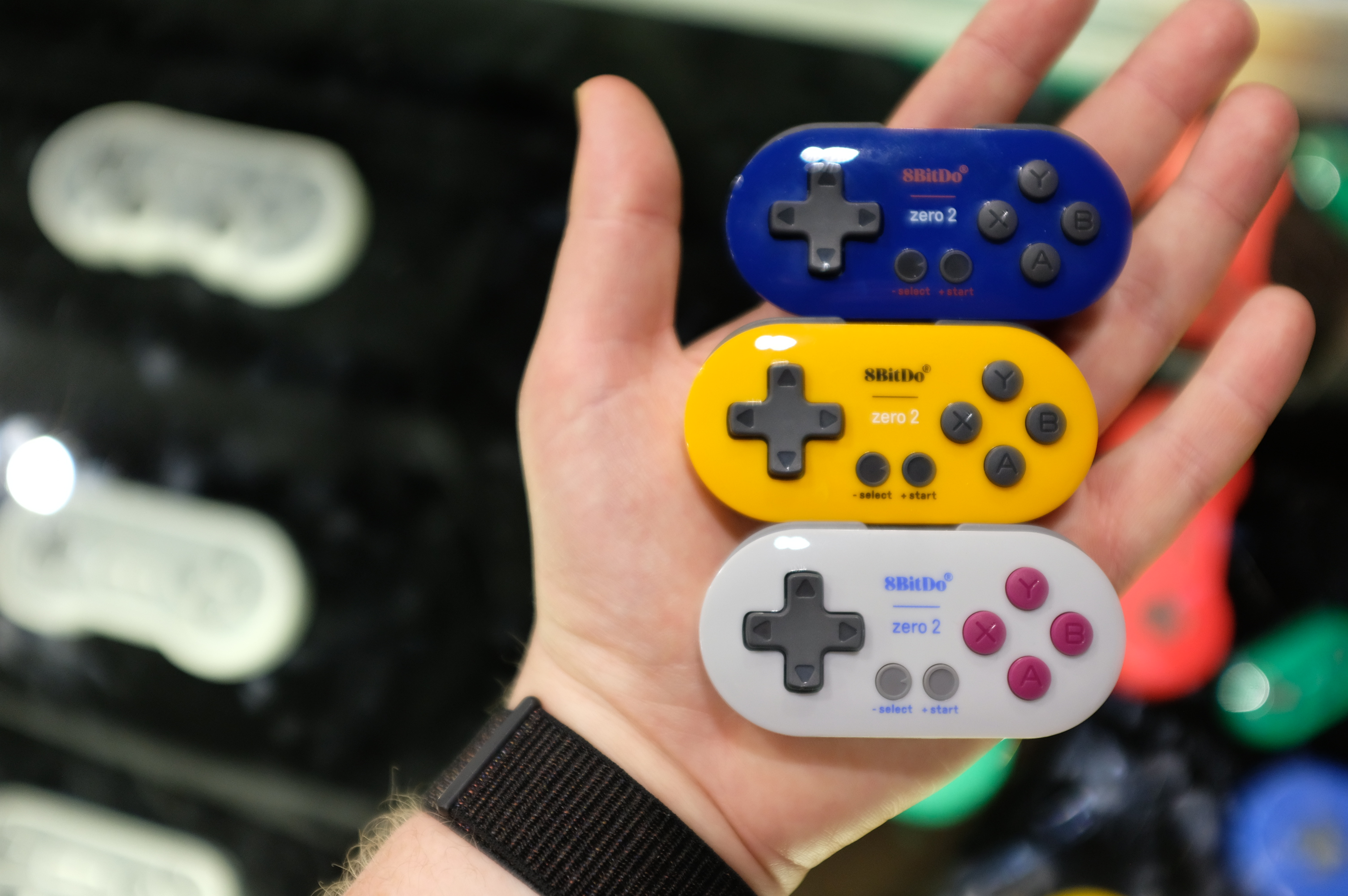 Check out this adorable bluetooth controller for the Nintendo Switch