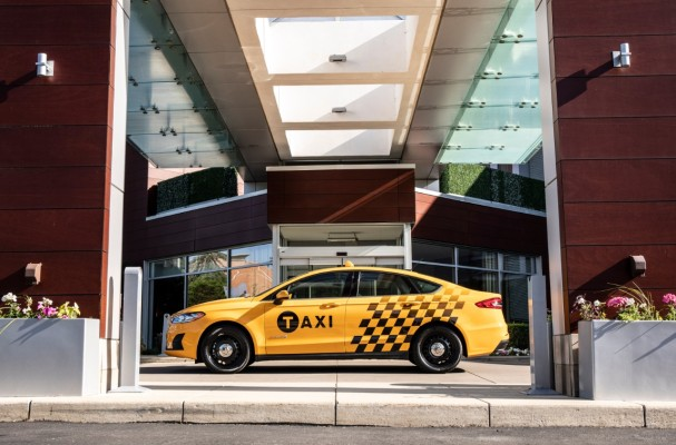 Ford's latest taxis use diesel and hybrid powertrains FusionHybridTaxi  01 HR