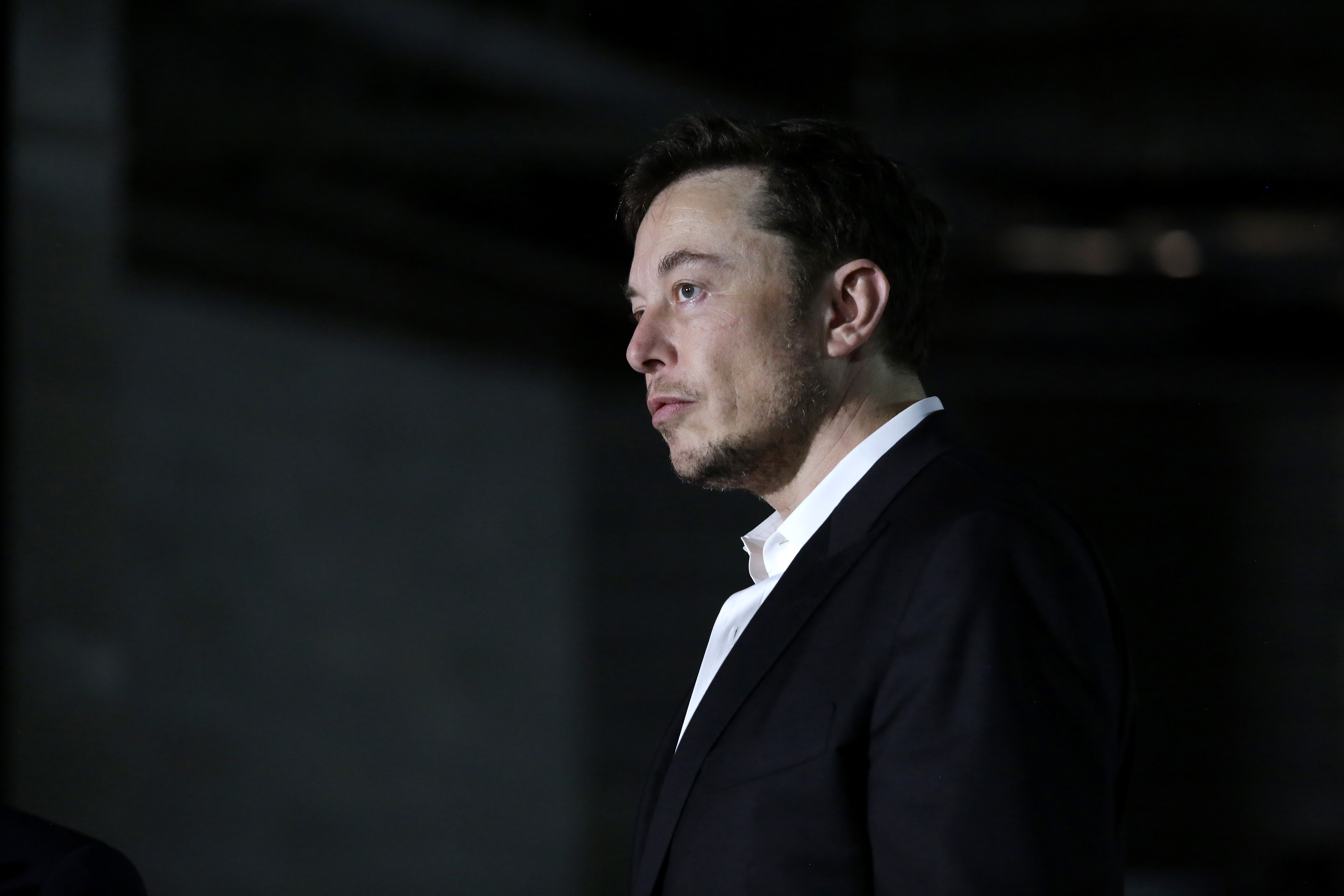 Musk emails alleged Tesla saboteur, 'You're a frightful human being'