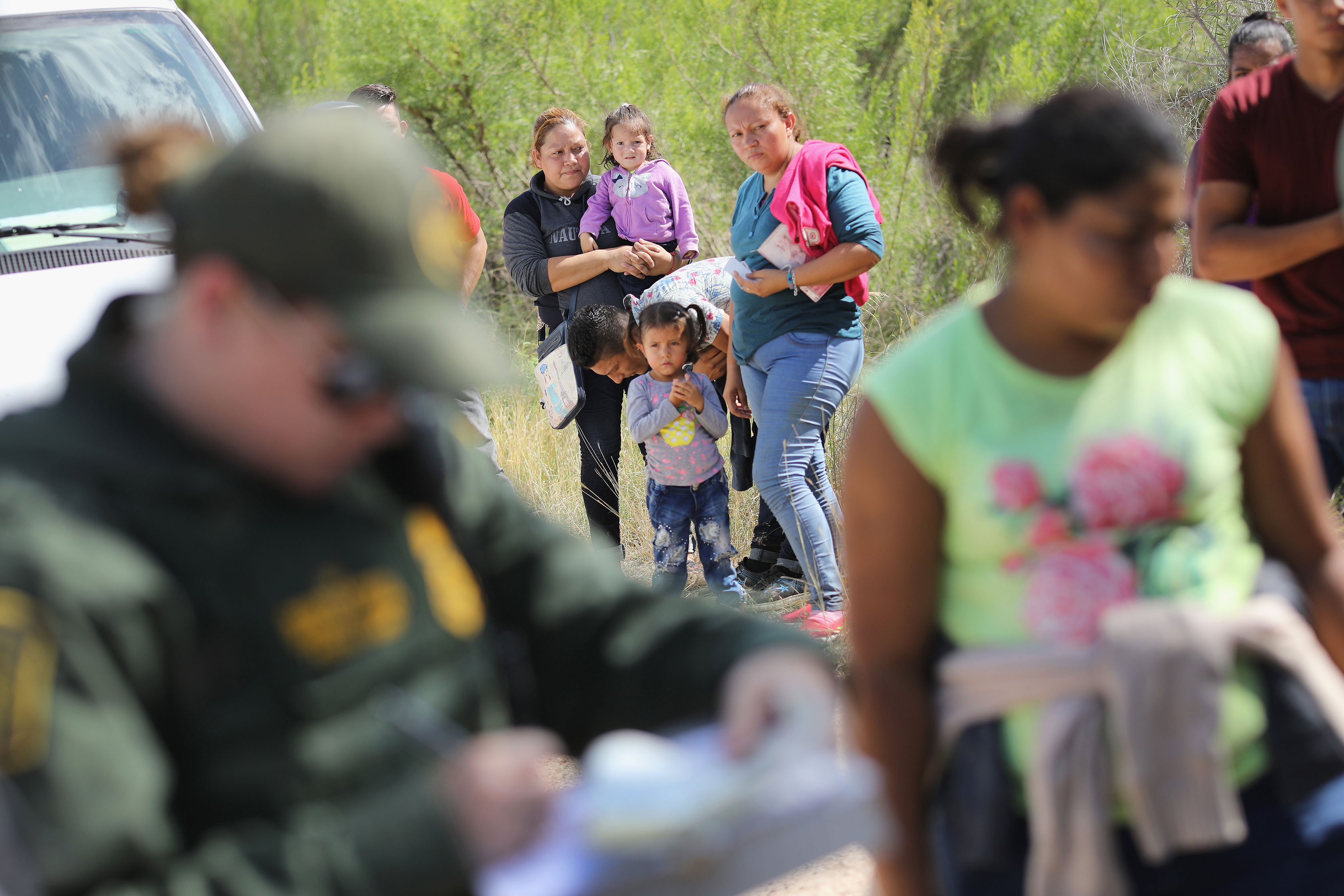 DOJ asks judge to remove 20-day limit on detaining immigrant families