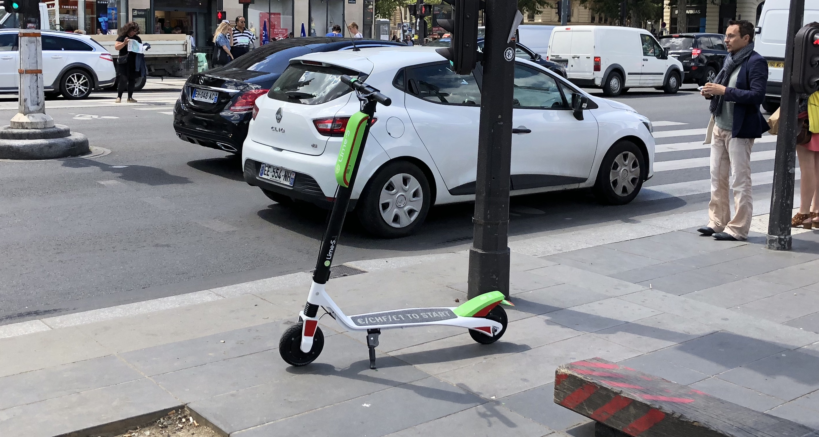 lime scooters are live in paris techcrunch. Black Bedroom Furniture Sets. Home Design Ideas