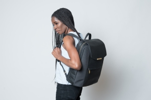 Bag Week 2018: P.MAI's women's leather laptop bag is luxury packed with utility PMai 076