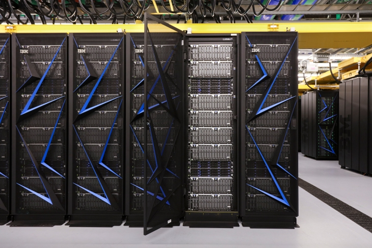 IBM and the DoE launch the world's fastest supercomputer