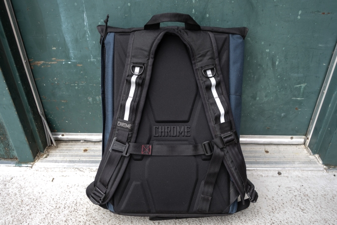 Bag Week 2018: Chrome's Yalta 2.0 is a roomy rolltop that keeps up