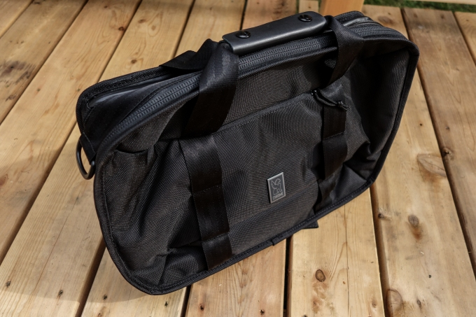 Bag Week 2018: Chrome's Vega Transit Brief makes your work vibe less uncool