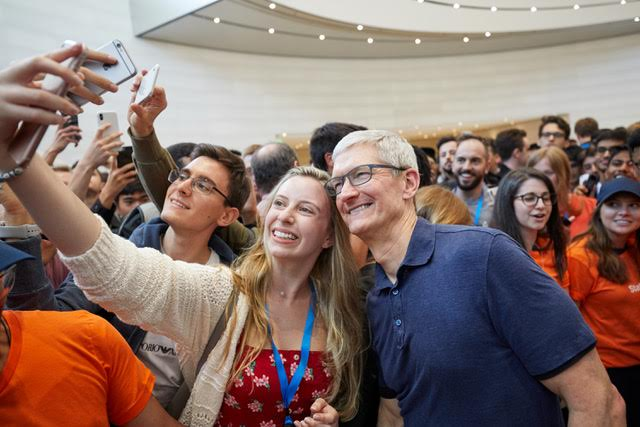 Tim Cook criticises tech companies over privacy but disagrees with regulation