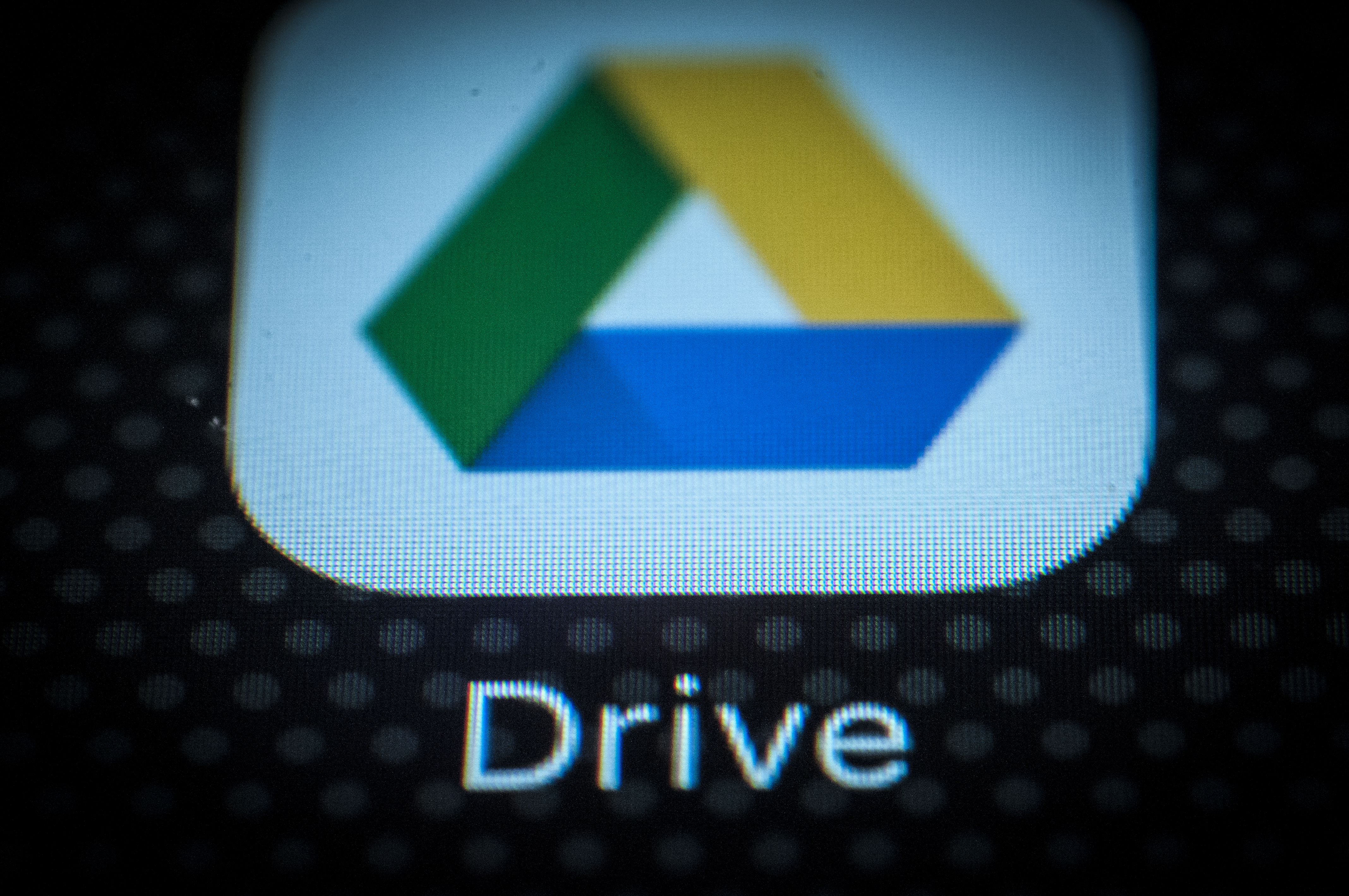 Italy's Competition Authority Opens Probe Into Google, Apple, Dropbox Cloud Services 09/08/2020
