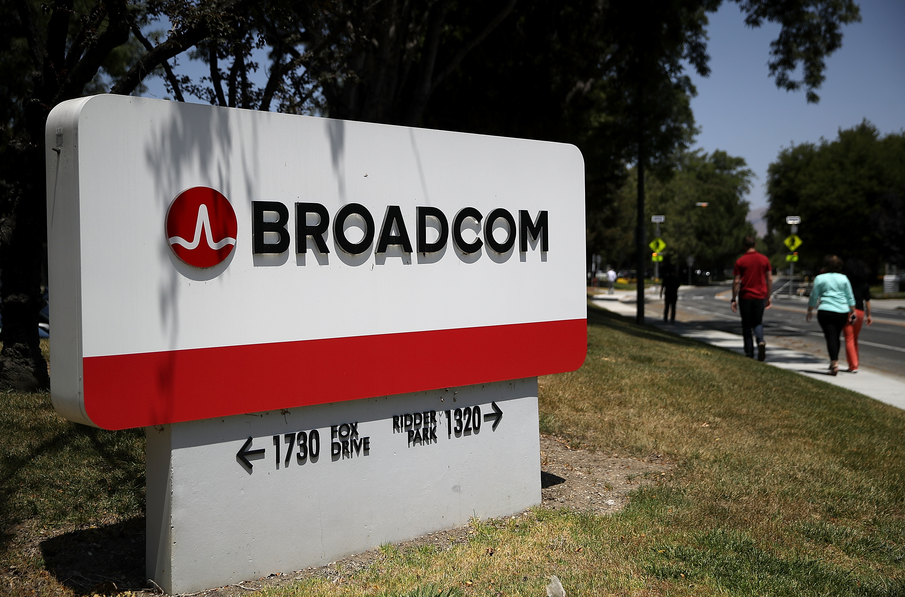 techcrunch.com - Frederic Lardinois - Broadcom acquires CA Technologies for $18.9B in cash