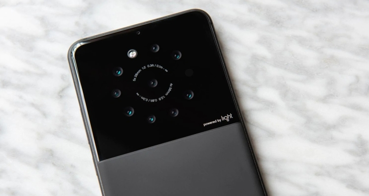 Light raises $121M led by SoftBank as it prepares to bring its camera tech to smartphones