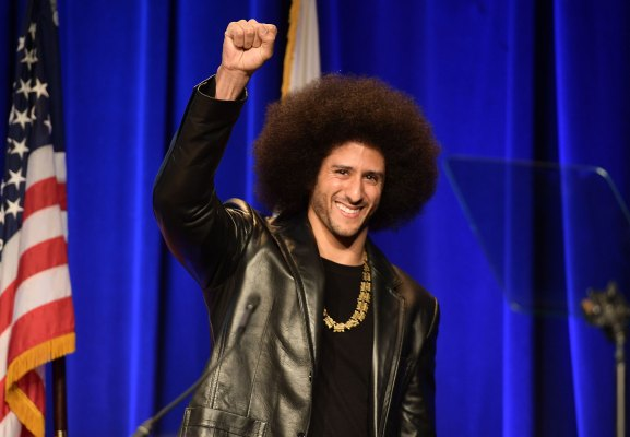 EA apologizes for 'unfortunate mistake' of cutting Colin Kaepernick reference from 'Madden'