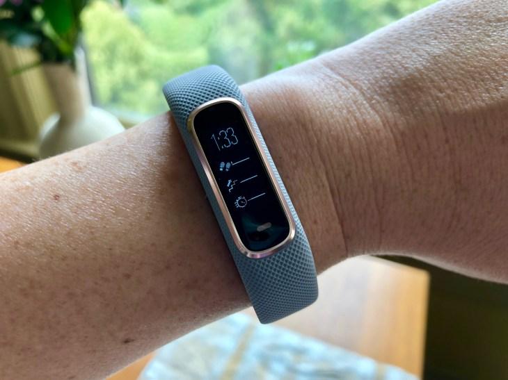 Taking a spin with Garmin's vivosmart 4 activity tracker