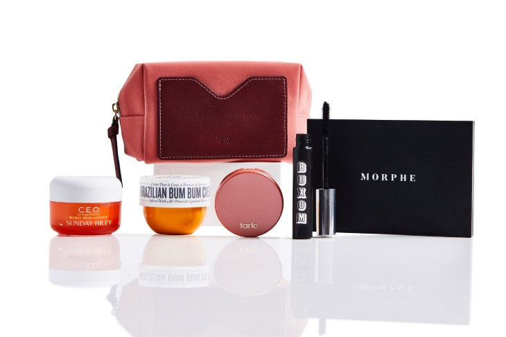 "... 2011 by YouTube creator Michelle Phan, is expanding its business beyond  sample-sized products. The company today is debuting a more expensive ""Glam  Bag ... 30e0a84d1d"