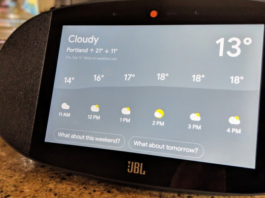 JBL's Smart Display Combines Google Smarts with Good Sound