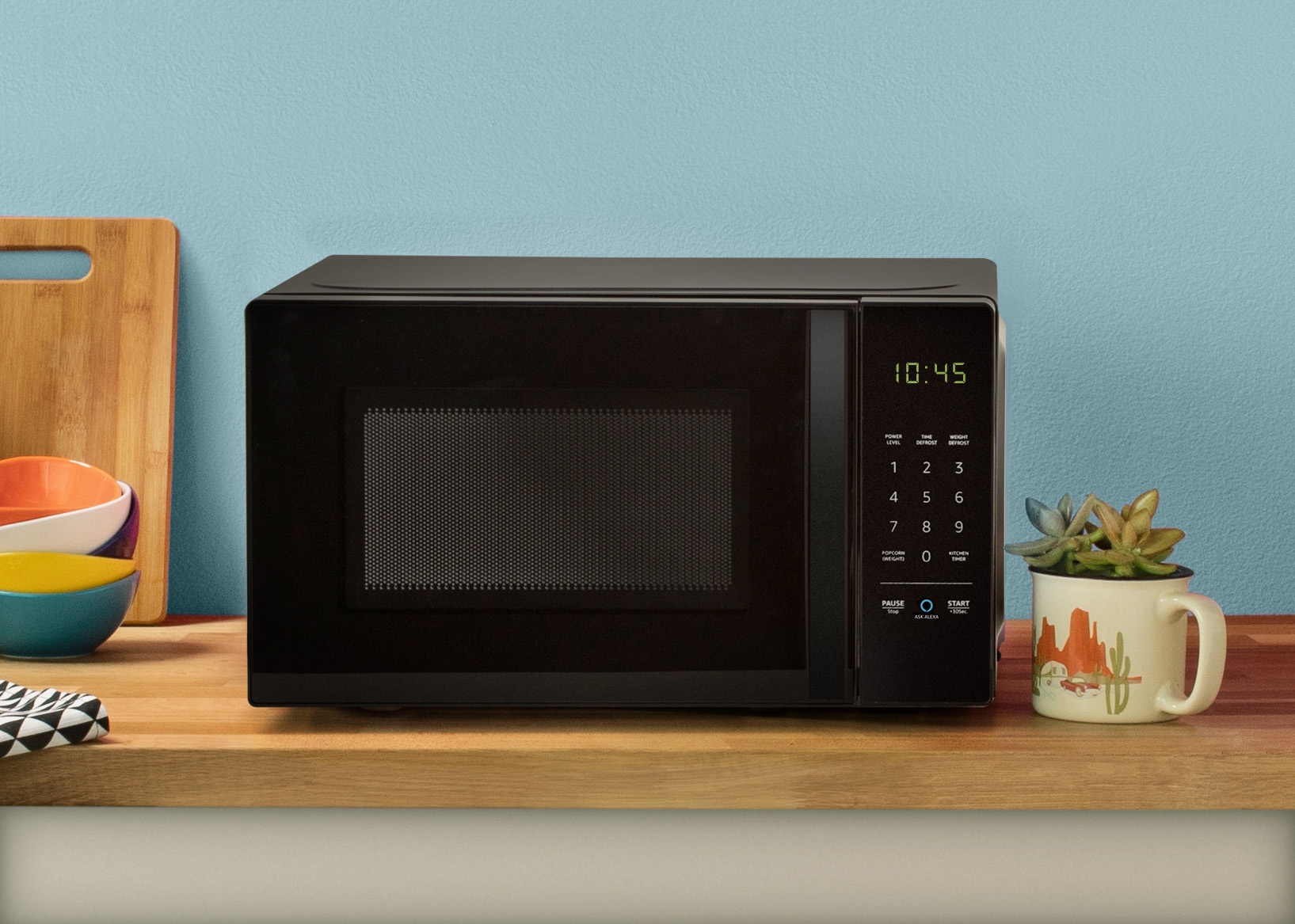 Up close with Amazon's $60 Alexa Microwave