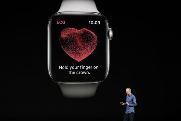 QnA VBage Apple partners with Aetna to launch health app leveraging Apple Watch data