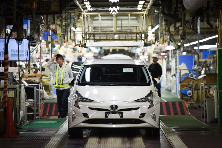 Making Of The Toyota Motor Prius At Automakers Tsutsumi Factory