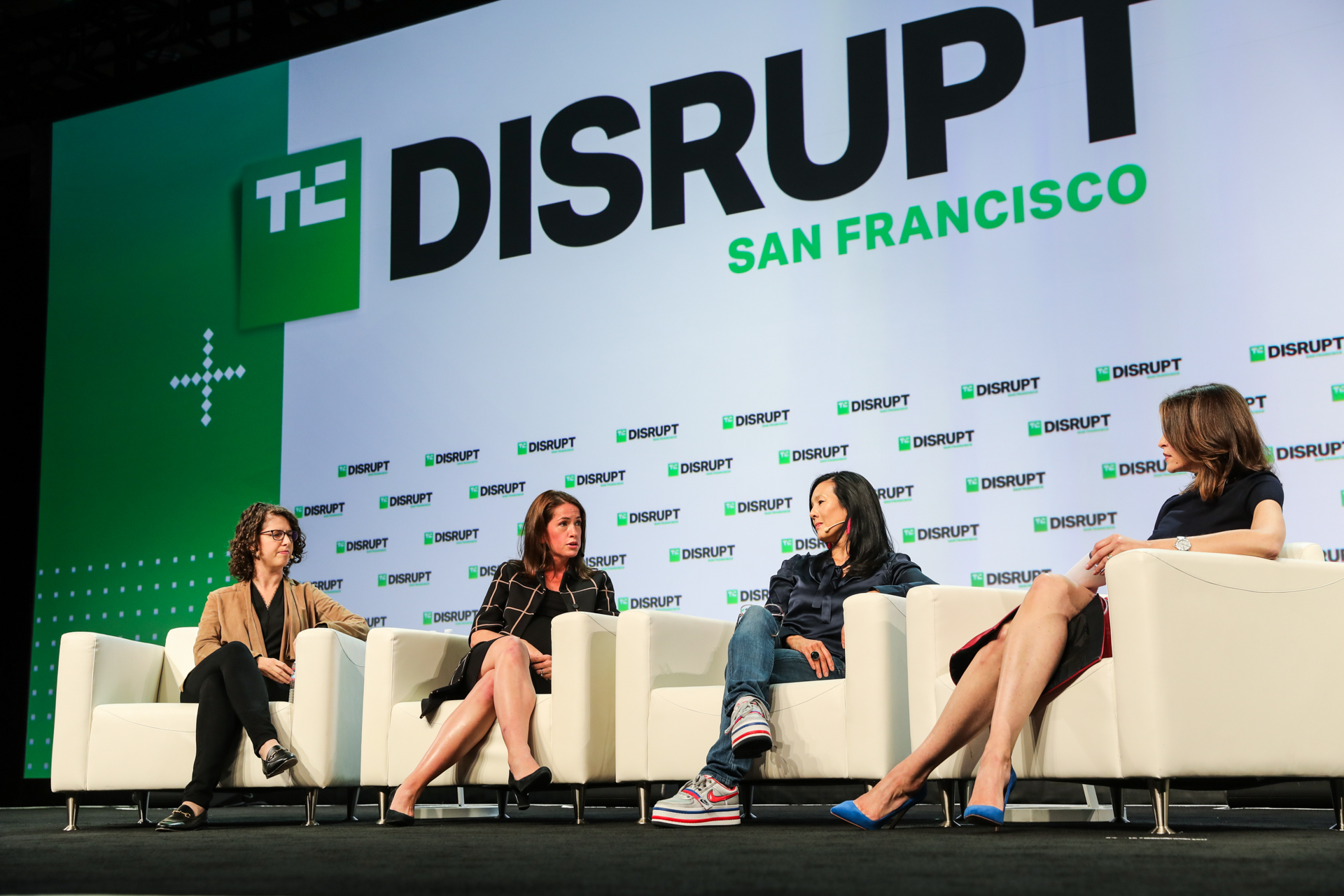 techcrunch.com - Kate Clark - VCs say Silicon Valley isn't the gold mine it used to be