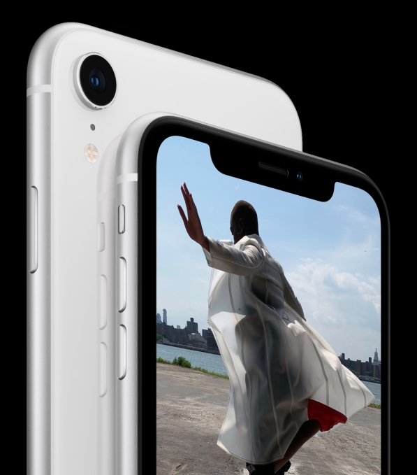 iPhone XR double back white 09122018 inline.jpg.large 2x - XS, XR, XS Max? The difference between the new iPhones – TechCrunch