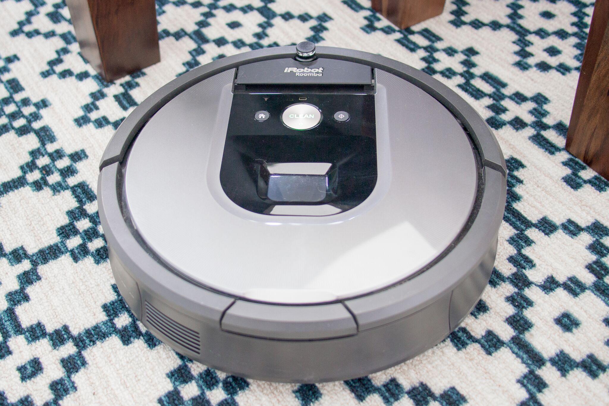 Everyday home gear made smart irobot 960 vacuum