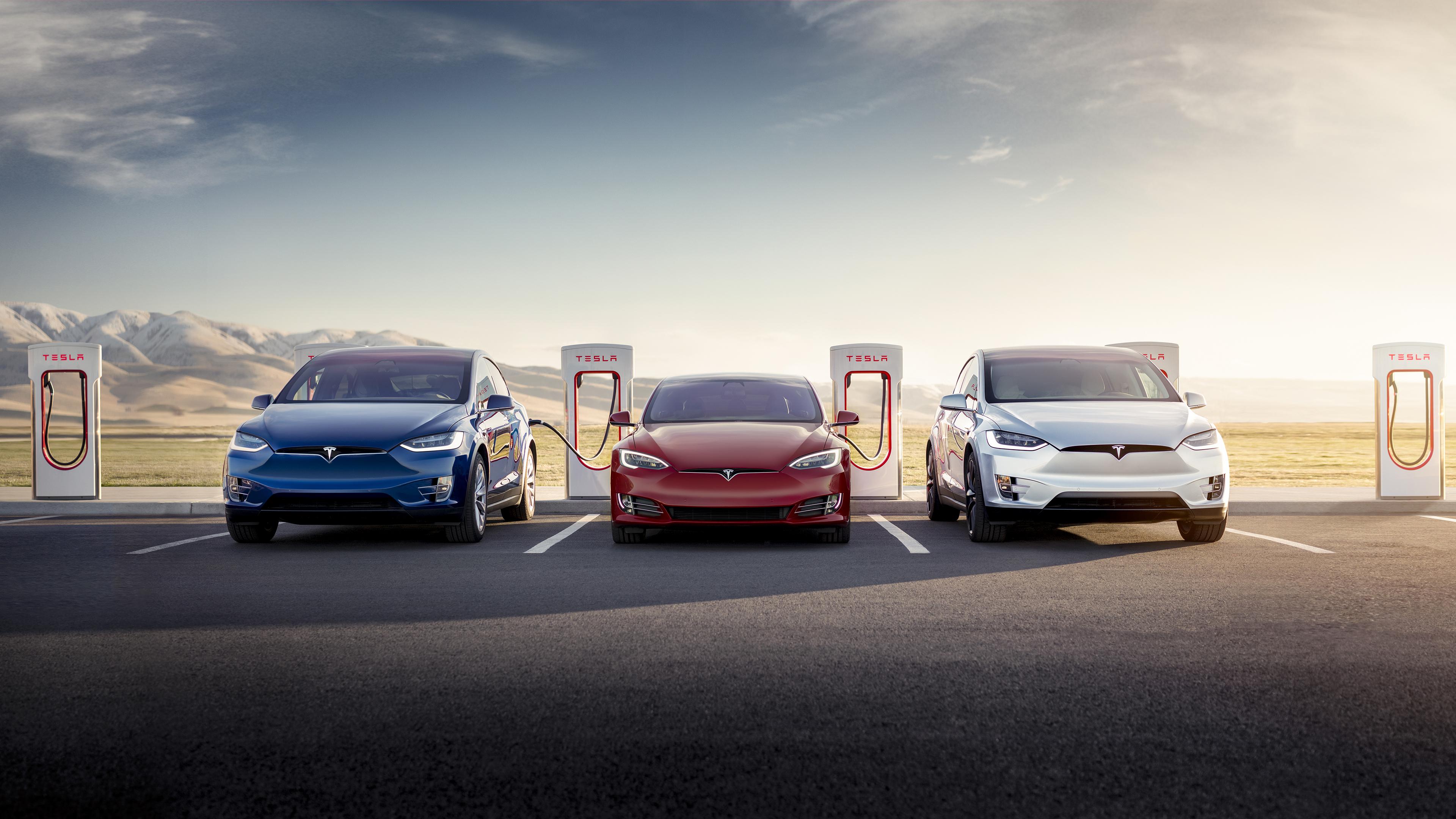 Elon Musk extends Tesla's free supercharging for life offer | TechCrunch