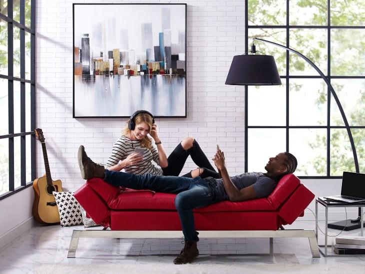 Prime Gjemeni Puts Your Couch In A Box Techcrunch Short Links Chair Design For Home Short Linksinfo