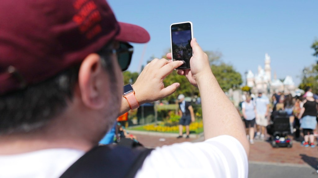 Review: The iPhone X Goes To Disneyland   TechCrunch