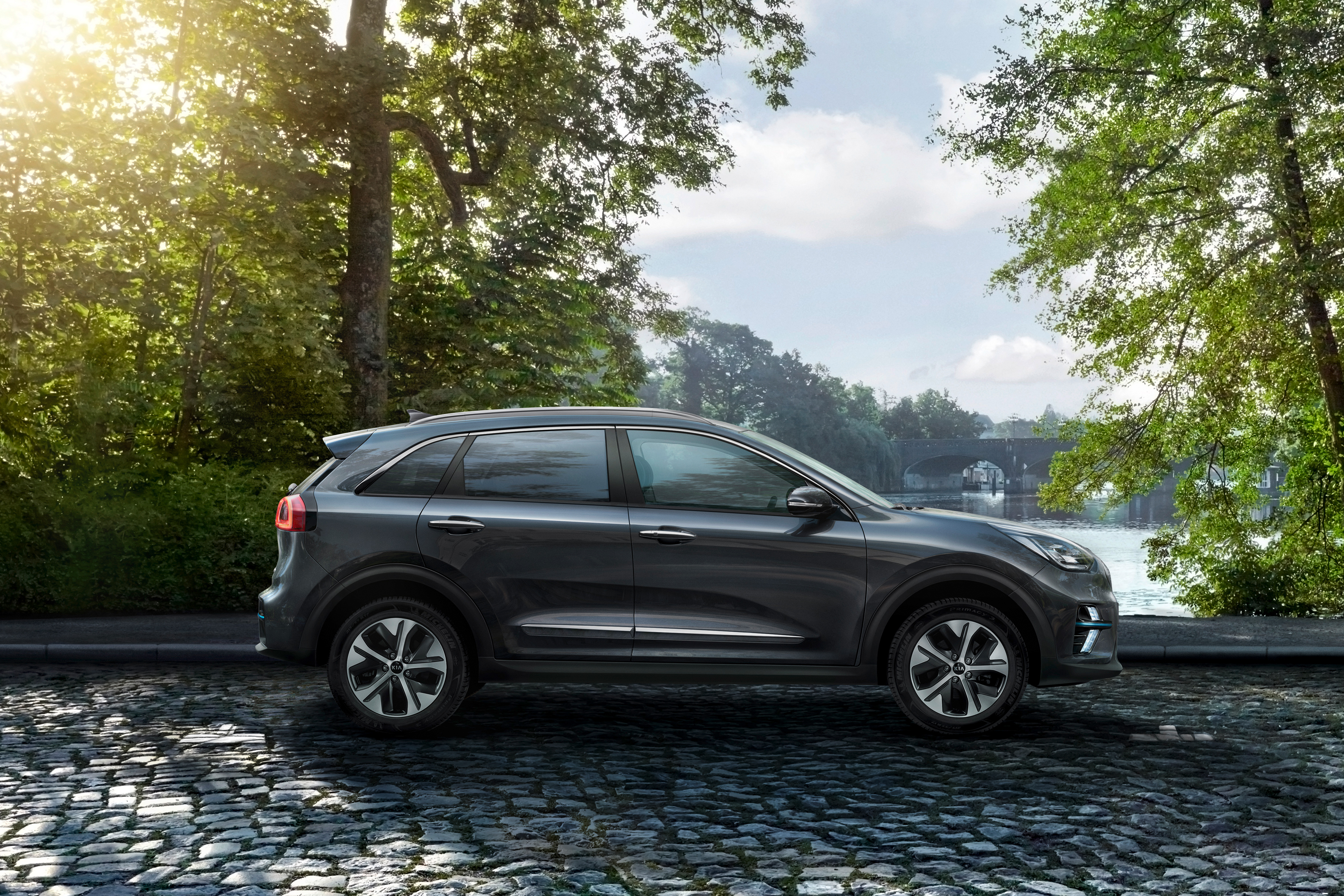 Kia Is Finally Sharing More Details About Its Upcoming All Electric  Crossover U2014 The 2019 Kia E Niro U2014 That Made Its Debut In Korea Earlier This  Year.
