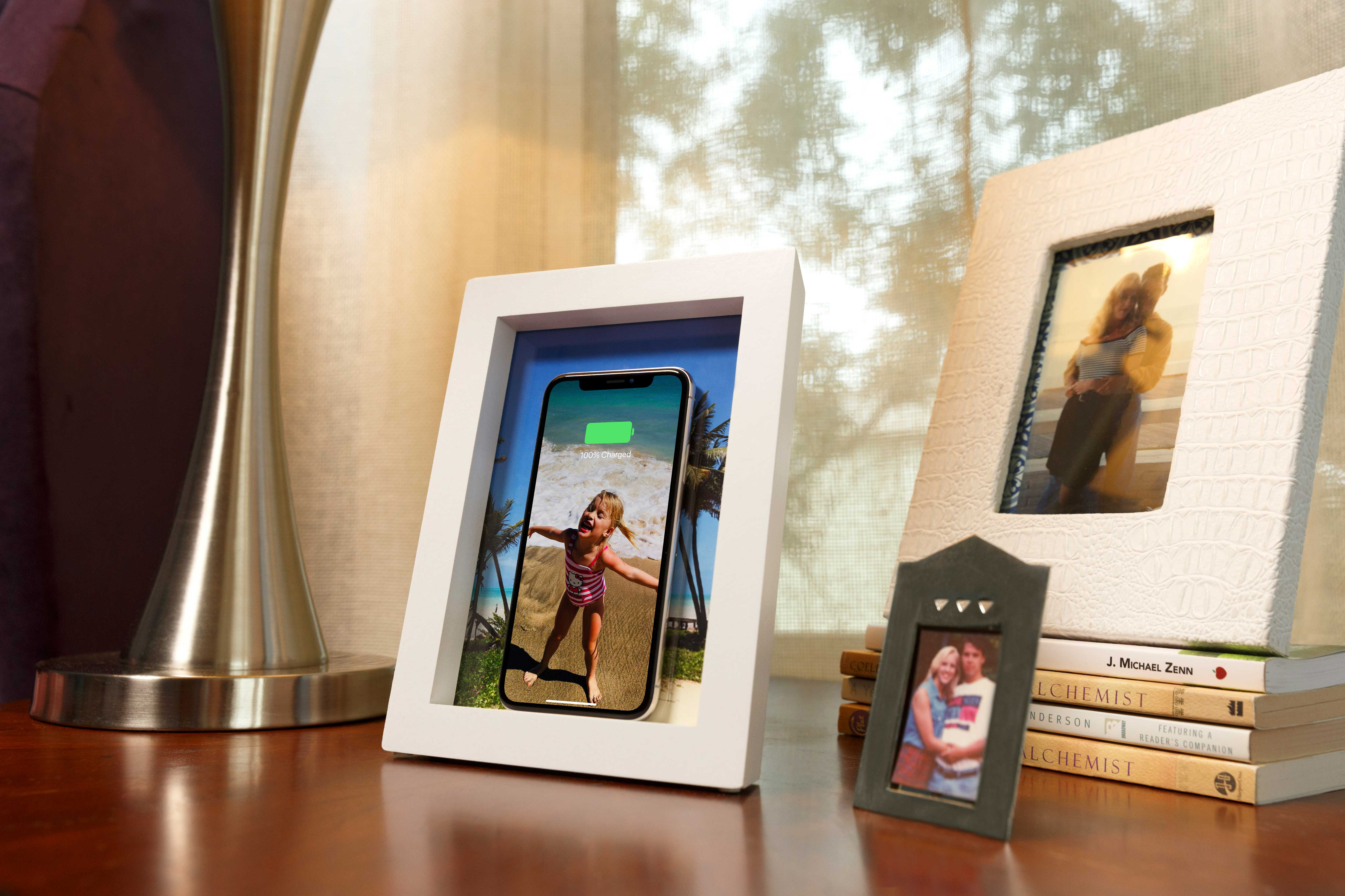 techcrunch.com - Brian Heater - TwelveSouth put a wireless charger in a picture frame