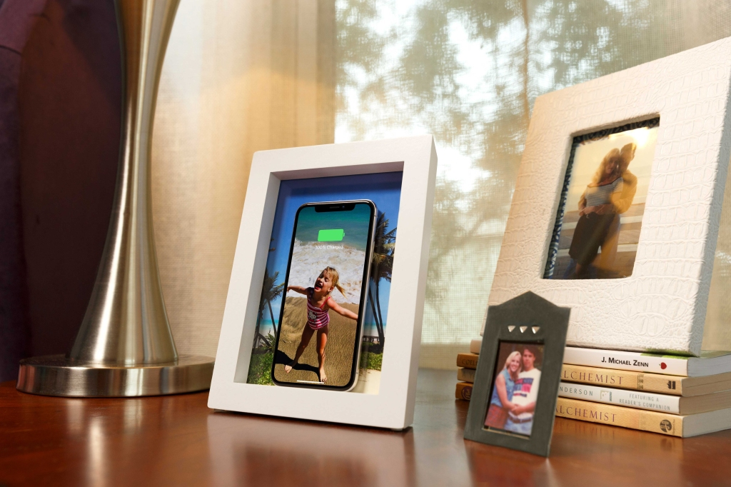 Twelvesouth Put A Wireless Charger In A Picture Frame Techcrunch